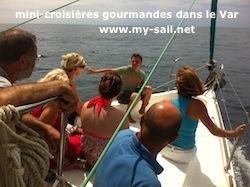 mini-croisière gourmande en bateau voilier dans le Var