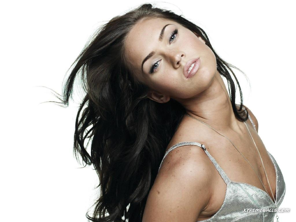 Wallpaper Megan Fox portrait tres jolie Cinema Video