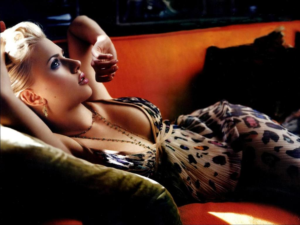 Wallpaper Cinema Video Scarlett Johansson sexy