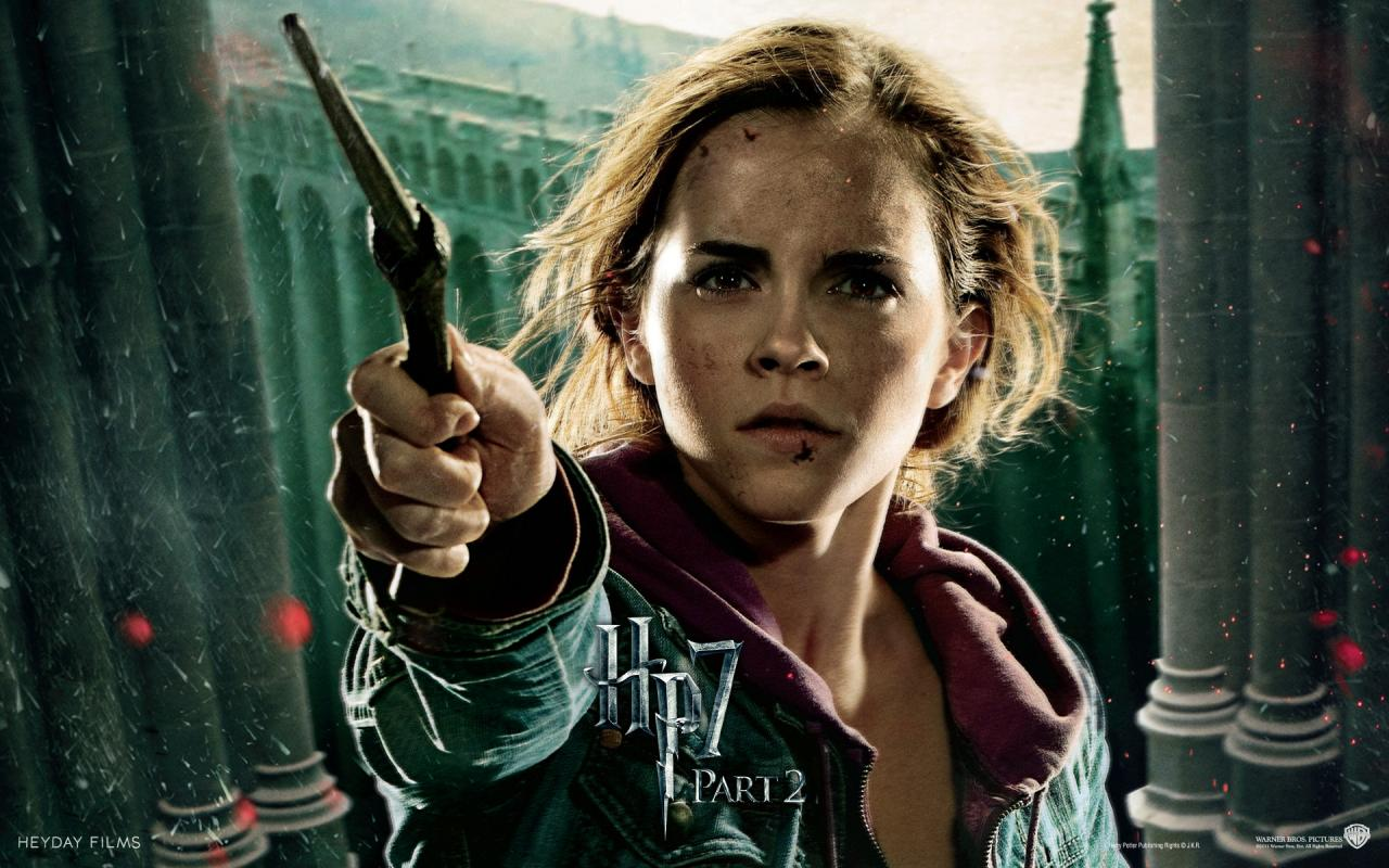 Wallpaper Harry Potter HP7 Hermione Granger - Emma Watson