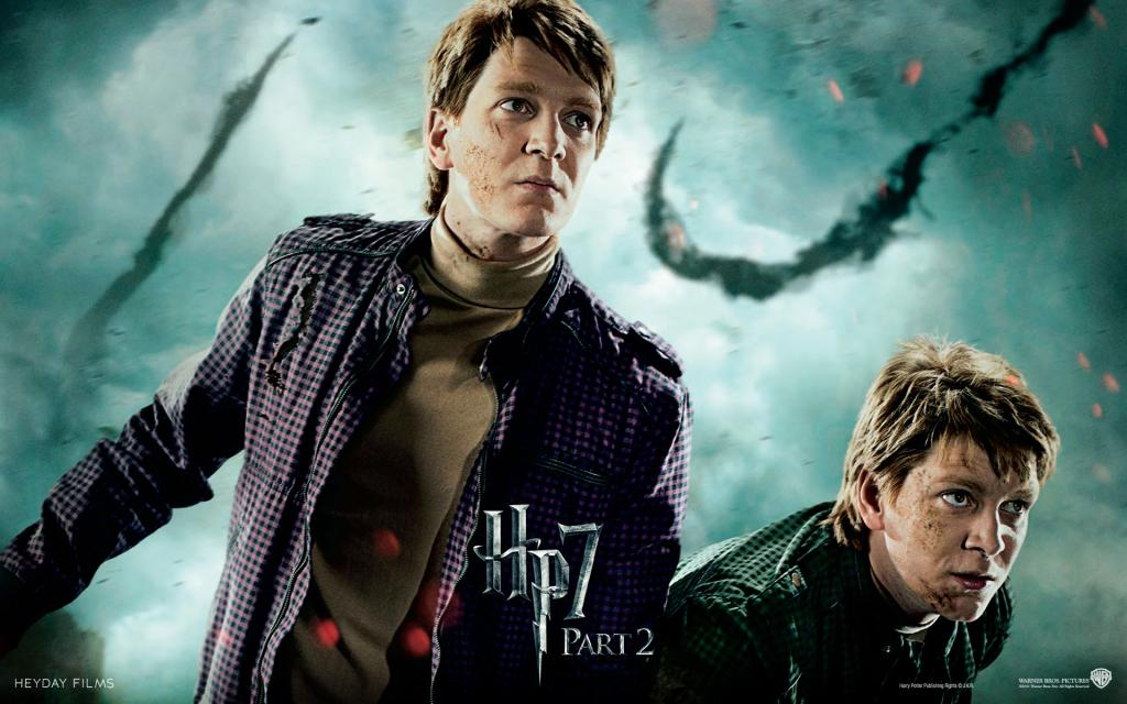 Wallpaper HP7 Weasley Twins - James and Oliver Phelps Harry Potter
