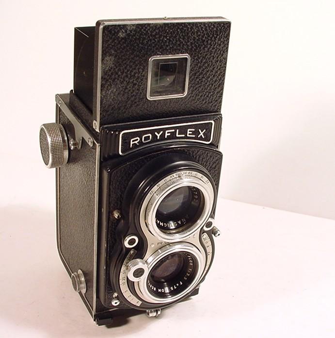 Wallpaper 0467-2  SITO de ROYER  Royflex II a bouton, collection AMI Appareils photos