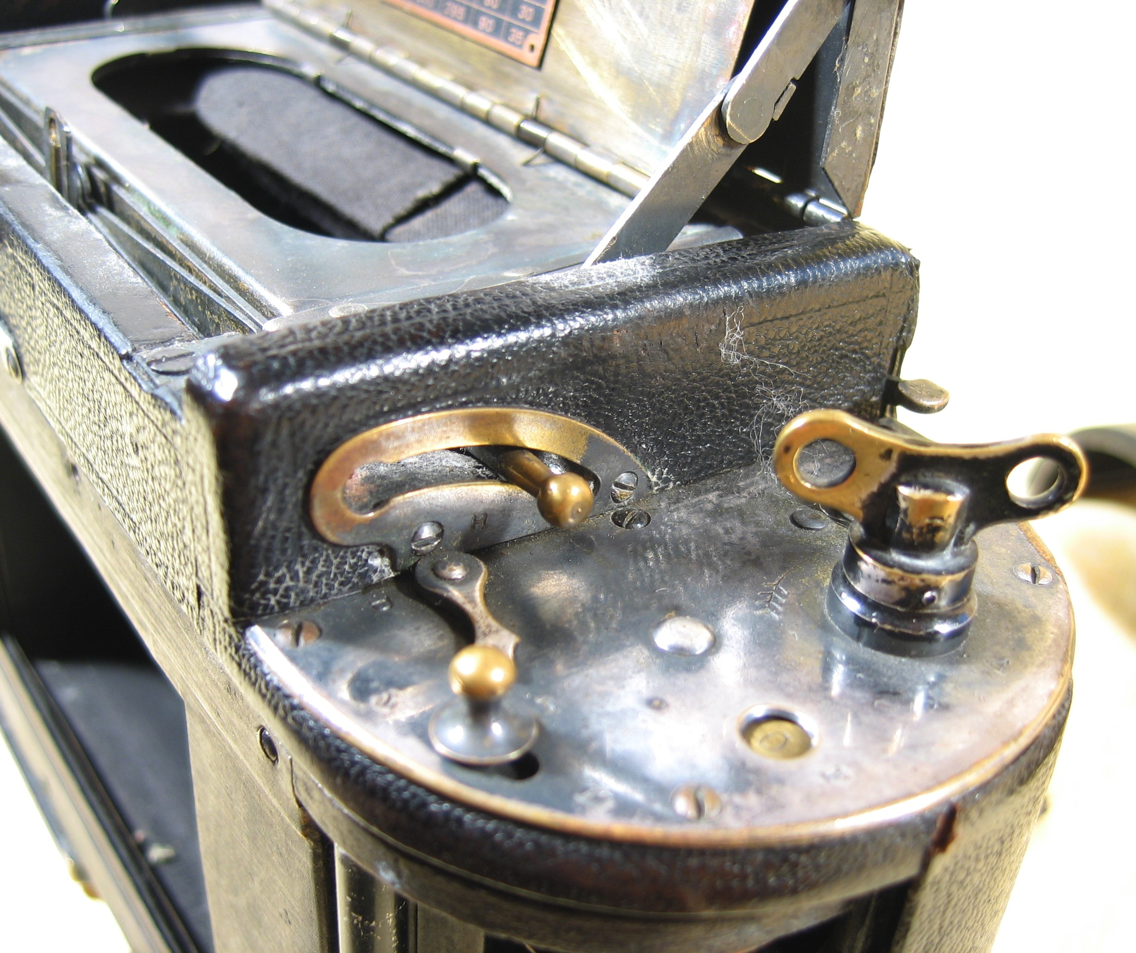 Wallpaper Appareils photos 0874-8 FOLMER et SCHWING Graflex 1A autographic, collection AMI