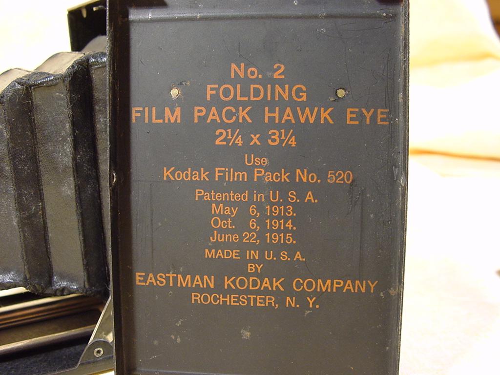 Wallpaper 0912-5 KODAK Hawk Eye n2 film pack BOZON VERDURAZ, collection AMI Appareils photos