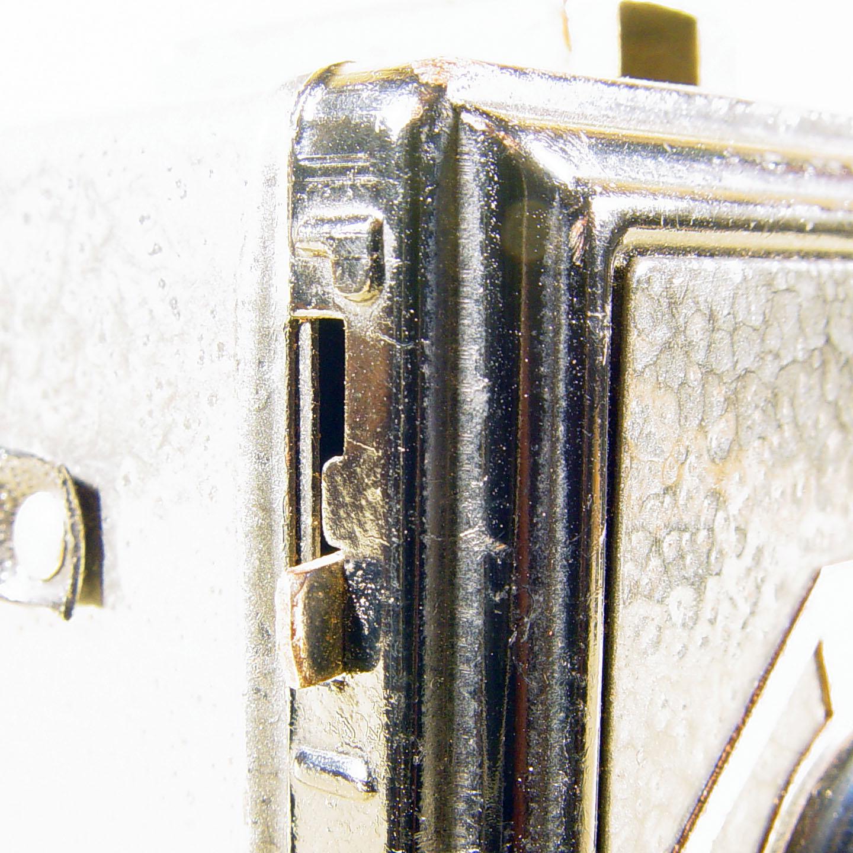 Wallpaper 1698-10  GAP  box 3X4  enjoliveur polygonal, collection AMI Appareils photos