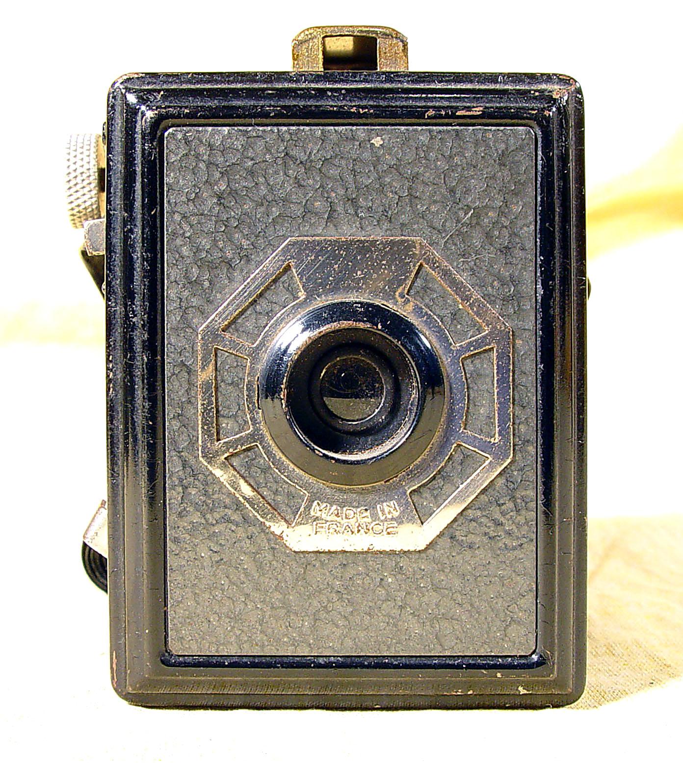 Wallpaper 1698-3  GAP  box 3X4 enjoliveur  polygonal, collection AMI Appareils photos