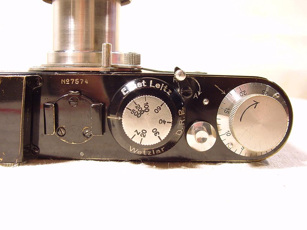 Wallpaper Appareils photos 2067-13  LEITZ  leica modele A, collection AMI