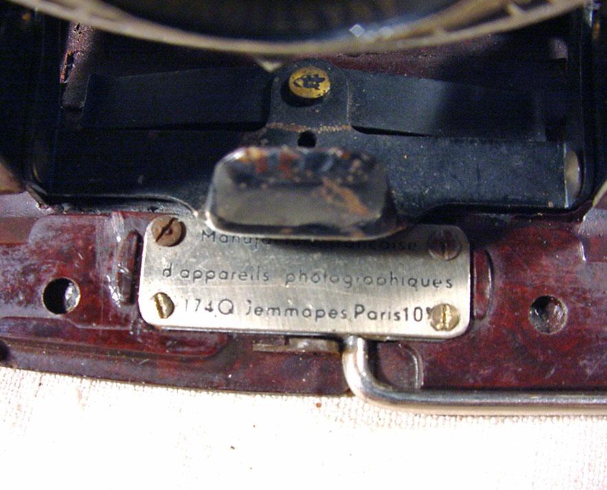 Wallpaper 2447-4  PONTIAC  Folding bakelite 6X9, collection AMI Appareils photos