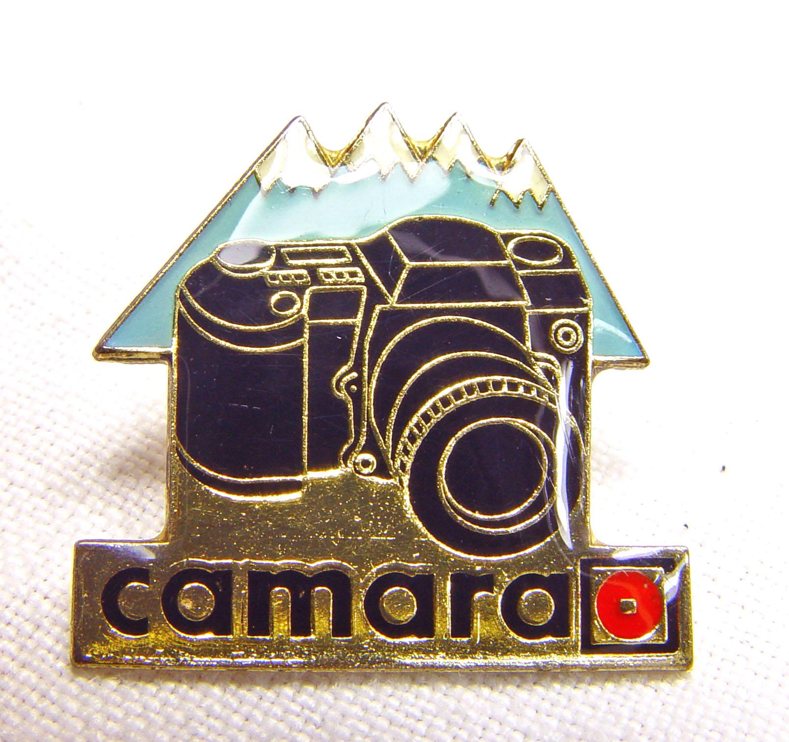 Wallpaper 2493-2  CAMARA  Pins  refmlex noir, collection AMI Appareils photos