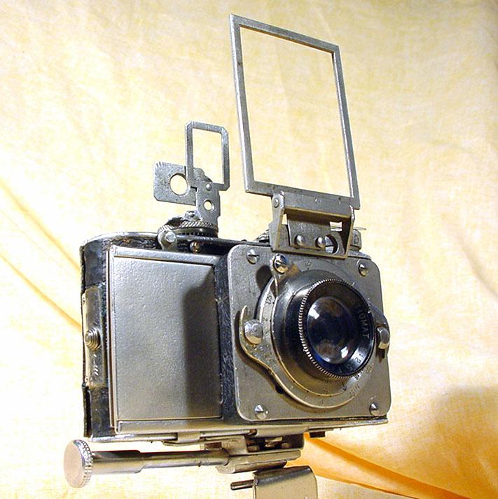 Wallpaper Appareils photos 2541-17  FOTH  Derby modifie, ameliore, collection AMI