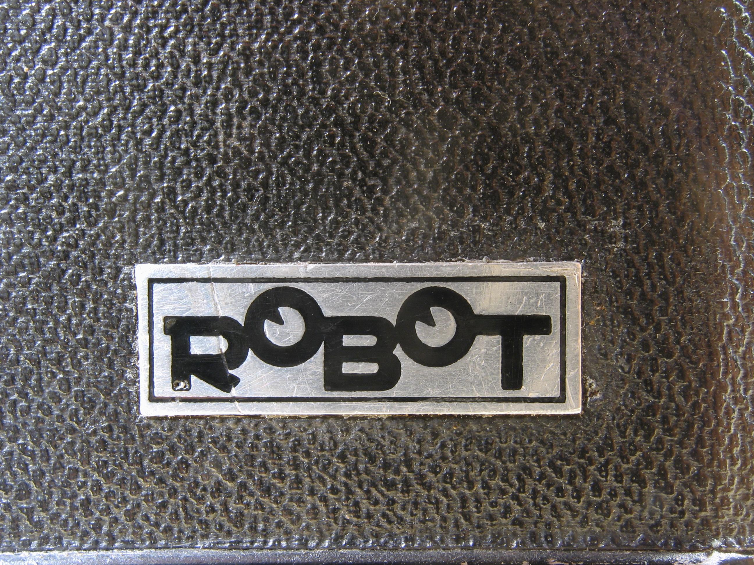 Wallpaper 3011-6  BERNING  Robot II  luftwaffen eigentum, collection AMI Appareils photos