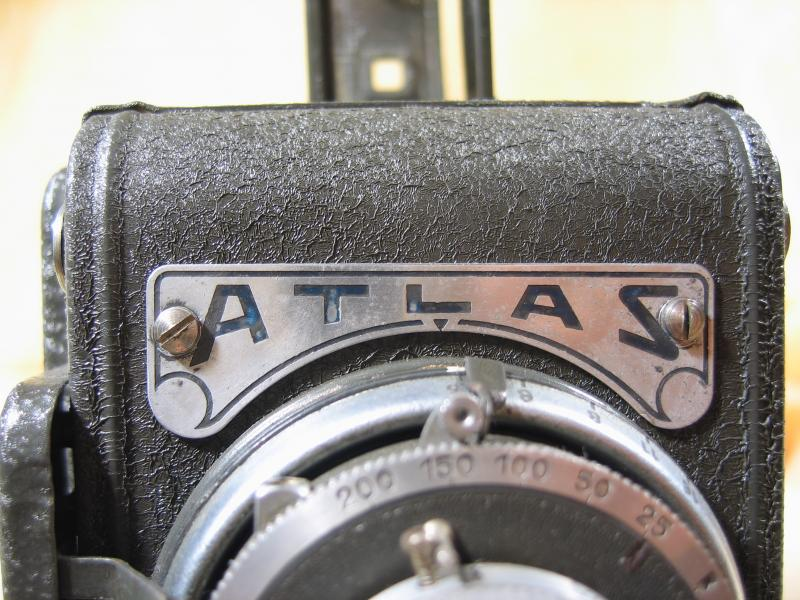 Wallpaper Appareils photos 1165-3 VERGNE Ste PRESS Atlas automatic, collection AMI