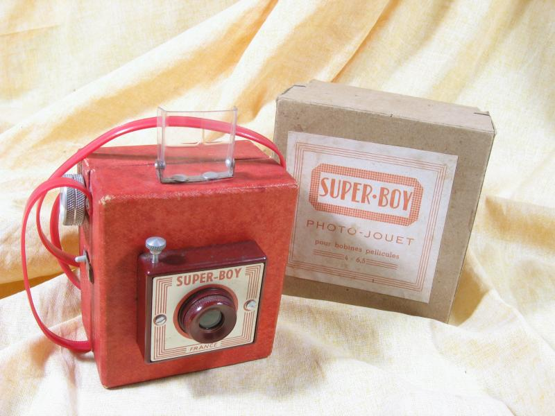 Wallpaper 1486-5 FEX Superboy rouge,collection AMI Appareils photos