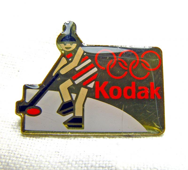 Wallpaper 2483-2  KODAK  Pins  Hockey sur glace, collection AMI Appareils photos