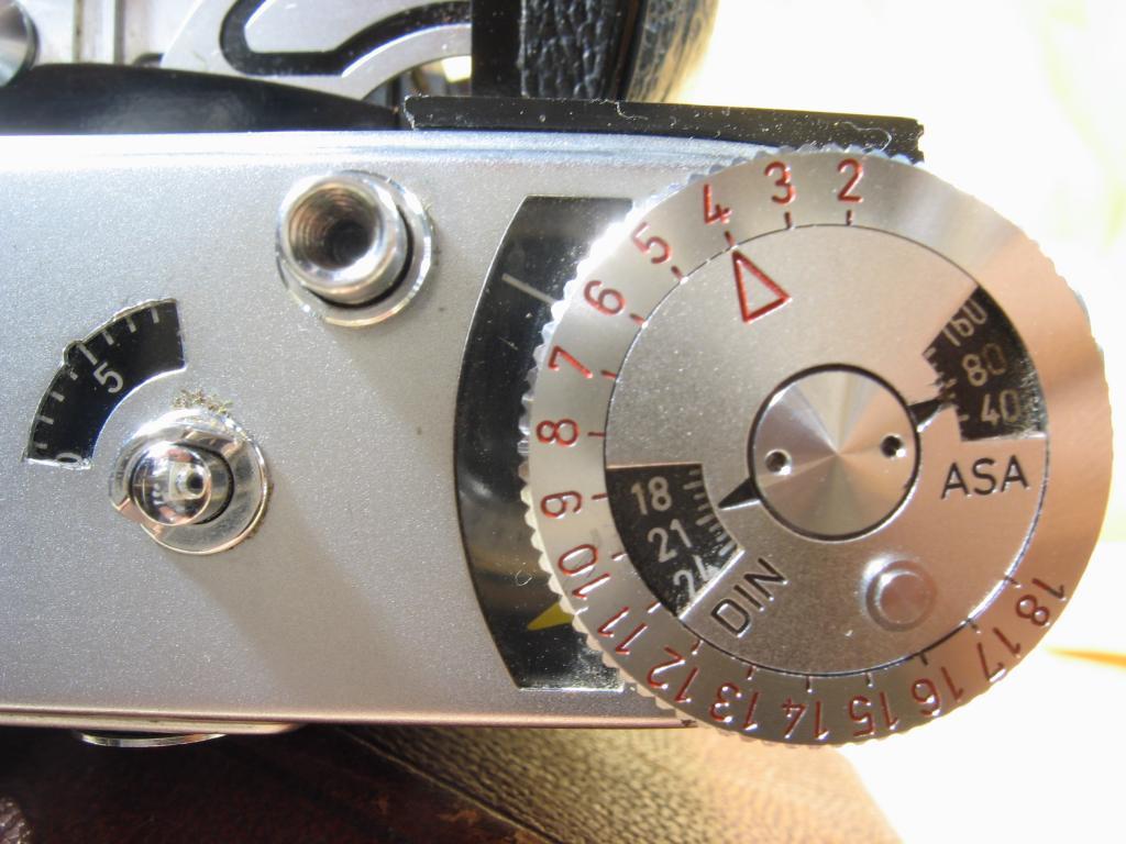 Wallpaper 3016-13  KODAK  Retina IB type 0 19 II, collection AMI Appareils photos