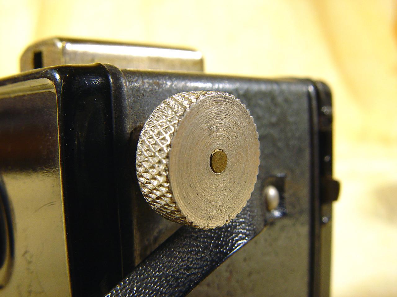 Wallpaper 698-11  GAP  box 3X4 enjoliveur polygonal, collection AMI Appareils photos