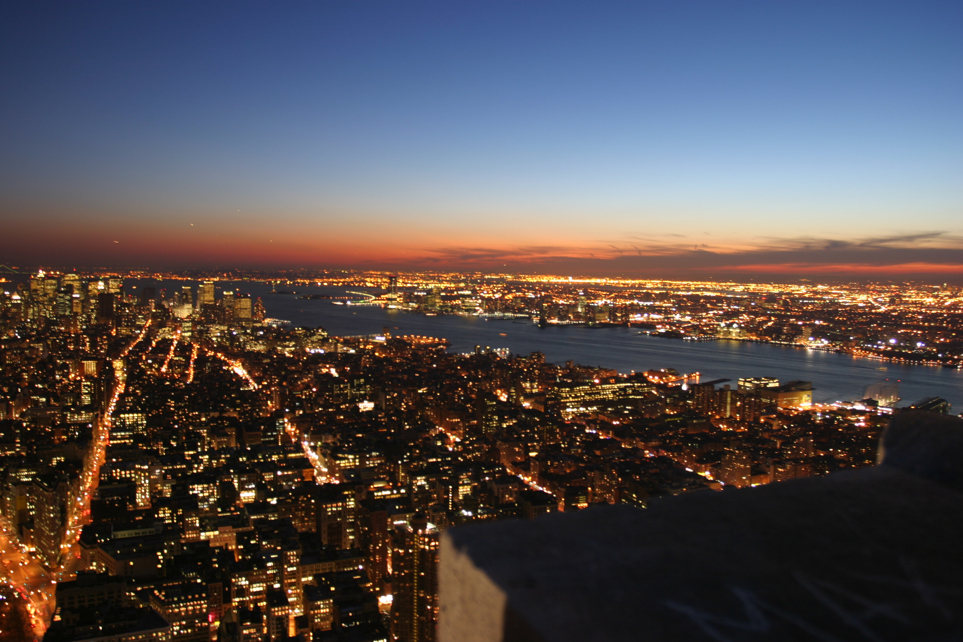 Wallpaper New York by night Grands formats - Hautes resolutions
