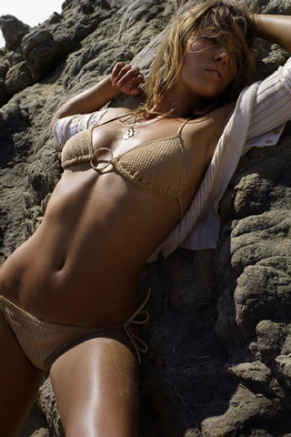 Wallpaper iPhone Jessica Biel se dore au soleil