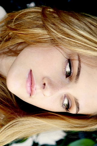 Wallpaper iPhone Kristen Stewart portrait regard intense