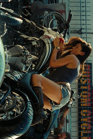 Wallpaper Megan Fox moto Transformers iPhone