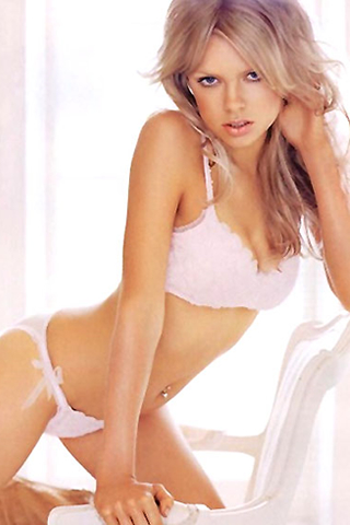 Wallpaper iPhone Sophie Monk sexy lingerie