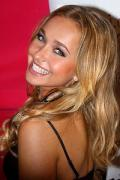 Wallpaper iPhone Hayden Panettiere tres joli sourire portrait