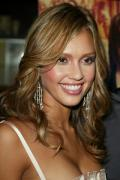 Wallpaper iPhone Jessica Alba sourire