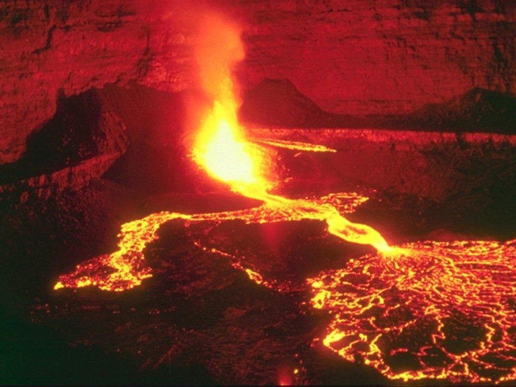 Wallpaper volcan en eruption Paysages