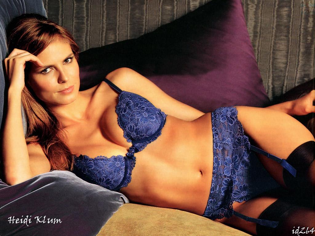 Wallpaper lingerie Heidi Klum