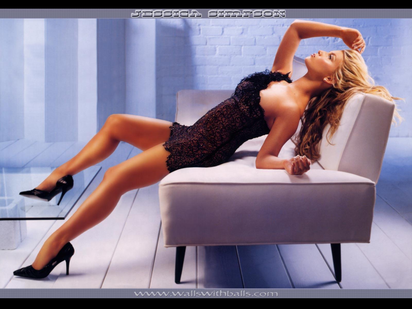 Wallpaper canape Christina Aguilera