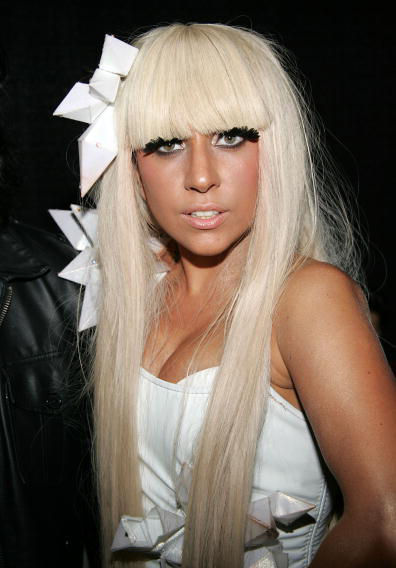 Wallpaper Lady Gaga portrait blonde cheveux long