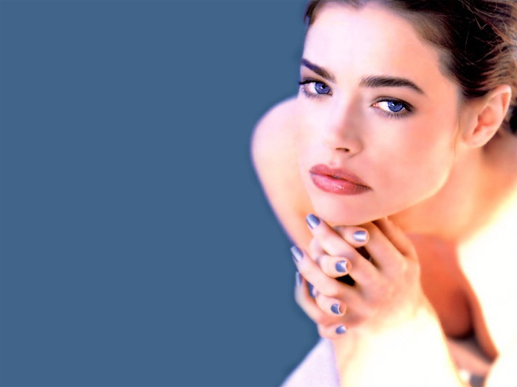Wallpaper Denise Richards maquillage