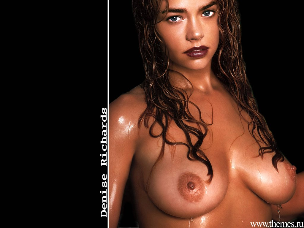 Wallpaper Denise Richards mouillee et nue