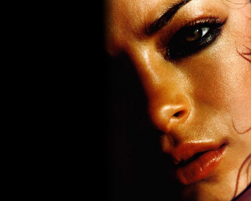 Wallpaper Kristin Kreuk Lana hot portrait