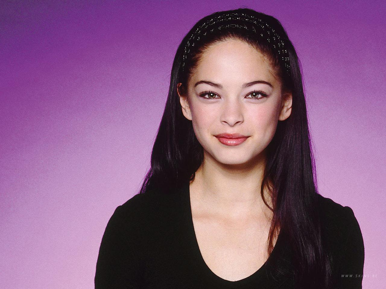 Wallpaper Kristin Kreuk Lana simplement