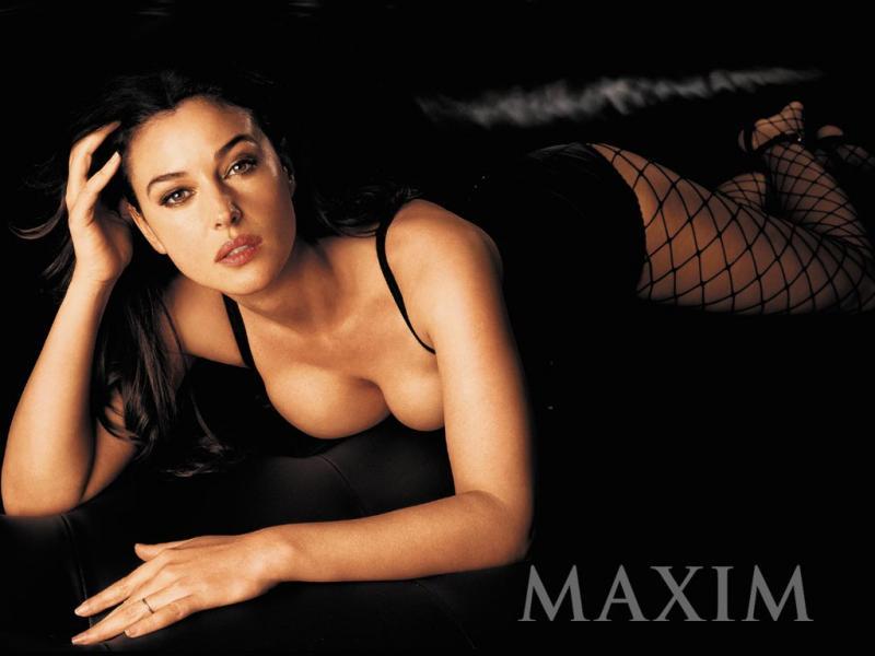 Wallpaper pose sexy Monica Bellucci