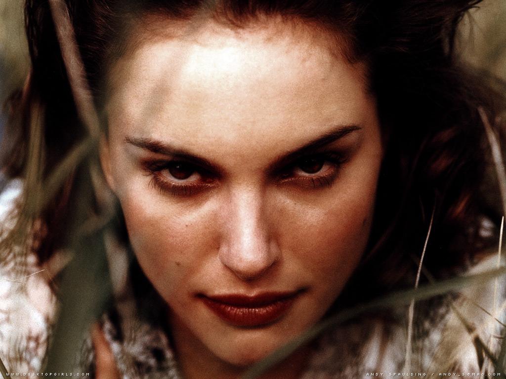 Wallpaper Portrait Natalie Portman