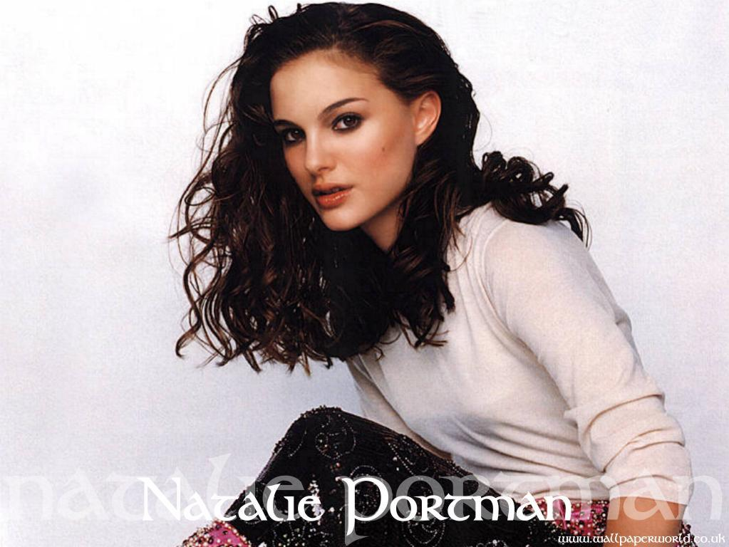 Wallpaper Natalie Portman habillee