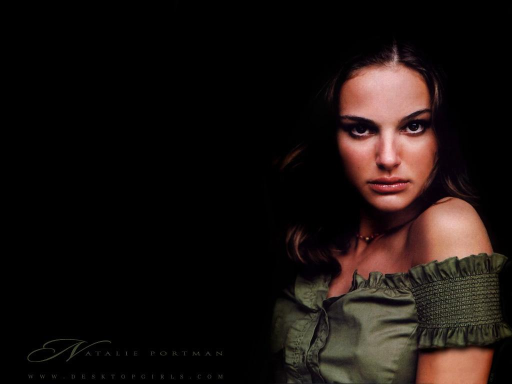 Wallpaper Natalie Portman Portrait