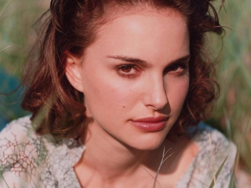 Wallpaper Natalie Portman portrait campagne